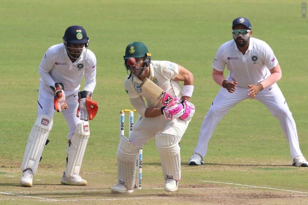 INDvsSA, तीसरा दिन : पहले सत्र में भारत ने झटके 3 विकेट, साउथ अफ्रीका का स्कोर 136/6 रन 3