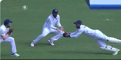 पुणे टेस्ट मैच में रिद्धीमान साहा की विकेटकीपिंग देख प्रशंसको ने ऋषभ पंत पर बनाये ऐसे मीम्स देख नहीं रुकेगी हंसी 3