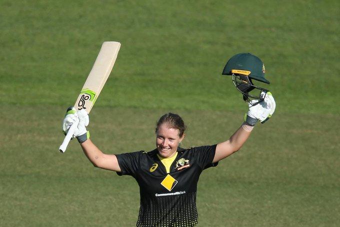 ऑस्ट्रेलिया के एलिसा हिली ने श्रीलंका के खिलाफ बनाया रिकॉर्ड जो आज तक जोस बटलर और महेंद्र सिंह धोनी भी नहीं कर पायें