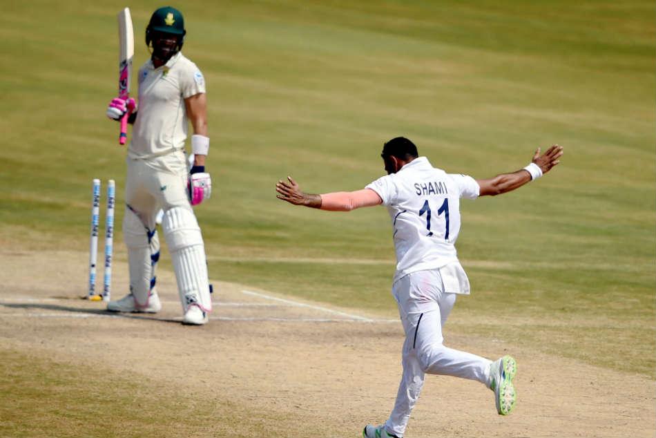 फाफ डू प्लेसिस का खुलासा, इस भारतीय गेंदबाज की गेंदबाजी से सीख रही उनकी टीम 3