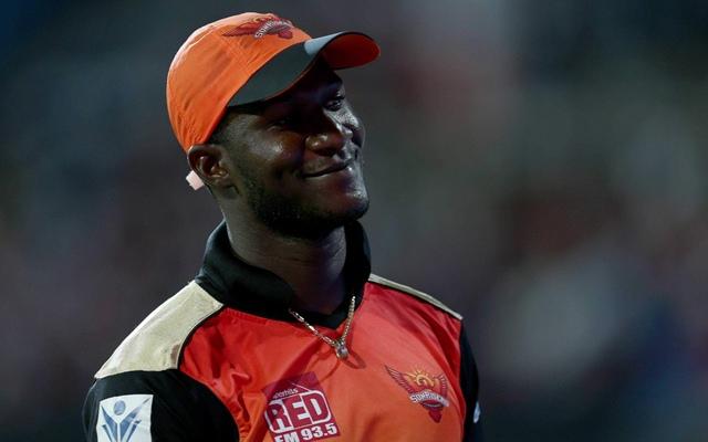 """आईपीएल में होता है भेदभाव? डैरेन सैमी ने कहा मुझे और थिसारा को हैदराबाद के लिए खेलते हुए कहा गया """"कालू"""" 10"""