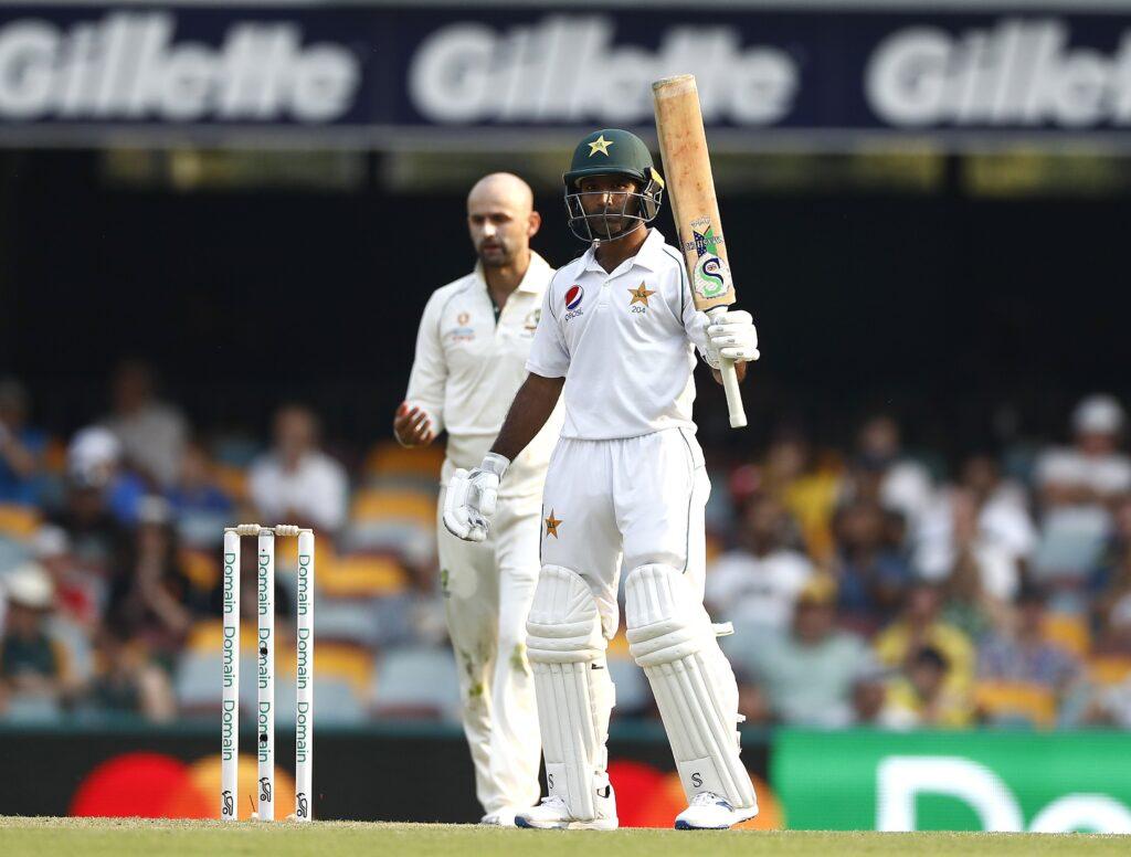 AUSvsPAK : मिचेल स्टार्क की शानदार गेंदबाजी के आगे पहले दिन पाकिस्तान की टीम 240 रन के स्कोर पर हुई आउट 4