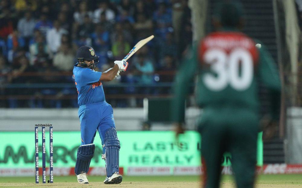 INDvBAN, दूसरा टी-20: रोहित शर्मा की विस्फोटक बल्लेबाजी से भारत 8 विकेट से जीता 7