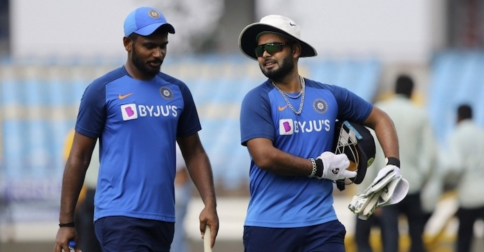 सिर्फ 1 मैच में मौका देकर संजू सैमसन को टीम से बाहर किये जाने पर भड़के फैंस, चयनकर्ताओं को लगाई फटकार 3