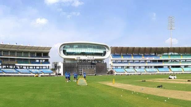 रोहित शर्मा ने बल्लेबाजों का किया बचाव, बताया कौन हो सकते हैं दूसरे मैच से बाहर 3