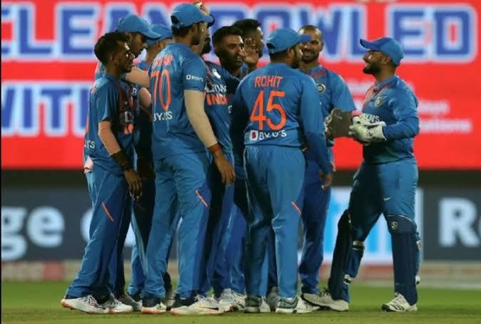 रोहित शर्मा ने बल्लेबाजों का किया बचाव, बताया कौन हो सकते हैं दूसरे मैच से बाहर 4