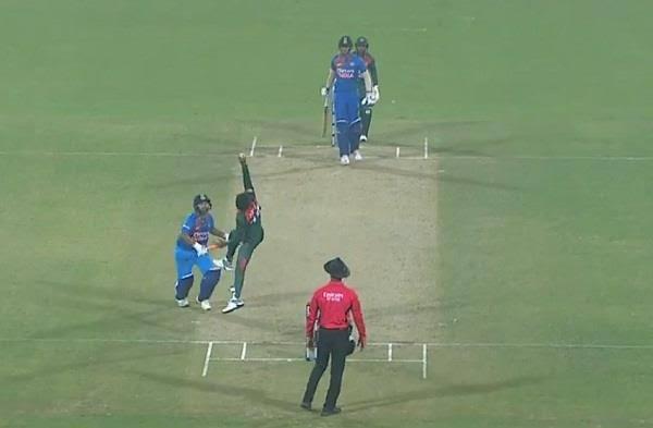 शिवम दुबे का अविश्वसनीय कैच लेने वाले आफिफ हुसैन इस खिलाड़ी को मानते हैं अपना आदर्श 3