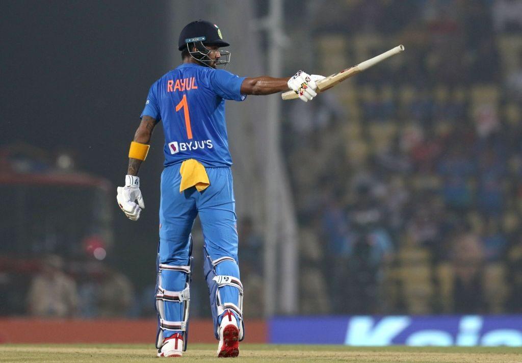 विराट कोहली के पसंदीदा ये 3 खिलाड़ी श्रीलंका के खिलाफ खेले सकते हैं तीनों टी-20 मैच 2
