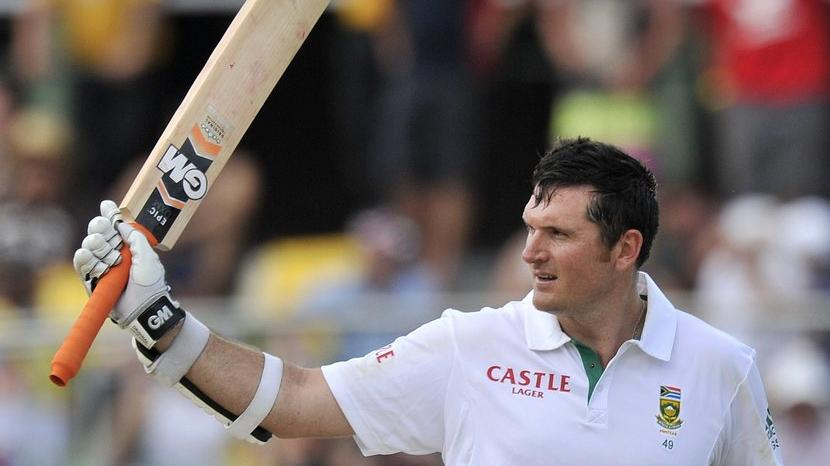 INDvBAN: विराट कोहली के पास कोलकाता टेस्ट में इस विश्व रिकॉर्ड को बनाने का मौका 2