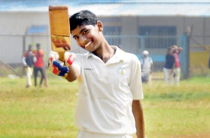 हैरिस शील्ड के मैच में टीम के एक बल्लेबाज ने बनाए 338 रन, विरोधी टीम का कोई बल्लेबाज नहीं खोल पाया खाता 11