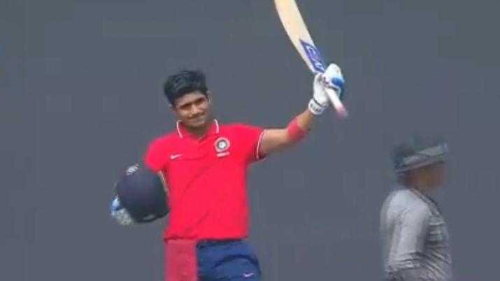 देवधर ट्रॉफी में शुभमन गिल ने लगाया शतक, भारत की वनडे और टी-20 टीम के लिए ठोका दावा 8