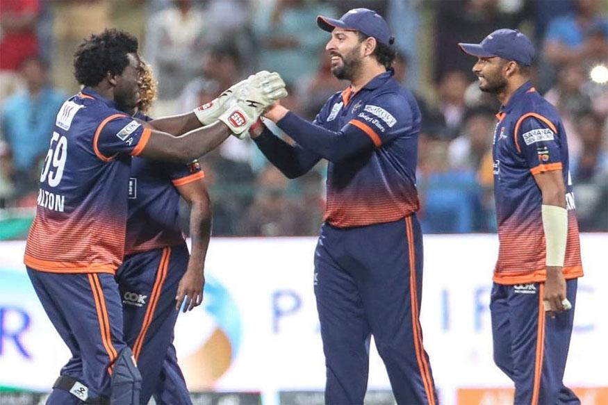 बिग-बैश में खेलने की अटकलों के बीच युवराज सिंह पर ये 3 टीमें लगा सकती हैं दांव 5