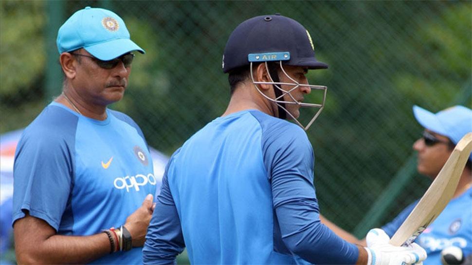 महेंद्र सिंह धोनी जल्द कर सकते हैं वनडे क्रिकेट से संन्यास की घोषणा: रवि शास्त्री 1