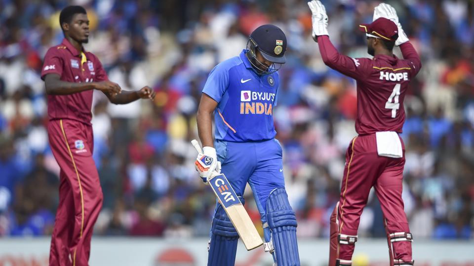 वनडे क्रिकेट में भारतीय टीम को इन 3 टीमों ने दी है सबसे ज्यादा हार, लिस्ट में पाकिस्तानी भी शामिल 3