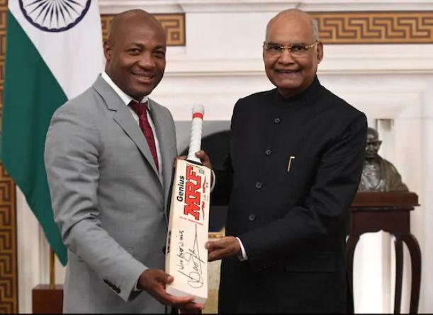 वेस्टइंडीज के महान क्रिकेटर रहे ब्रायन लारा ने की भारत के राष्ट्रपति रामनाथ कोविंद के साथ मुलाकात 6