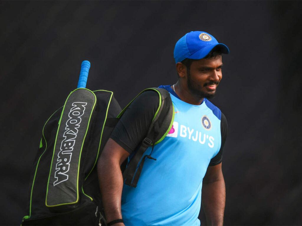 त्रिवेंद्रम टी20 में संजू सैमसन को मौका ना देने पर शशि थरूर ने टीम मैनेजमेंट पर खड़े किये सवालियां निशान 3