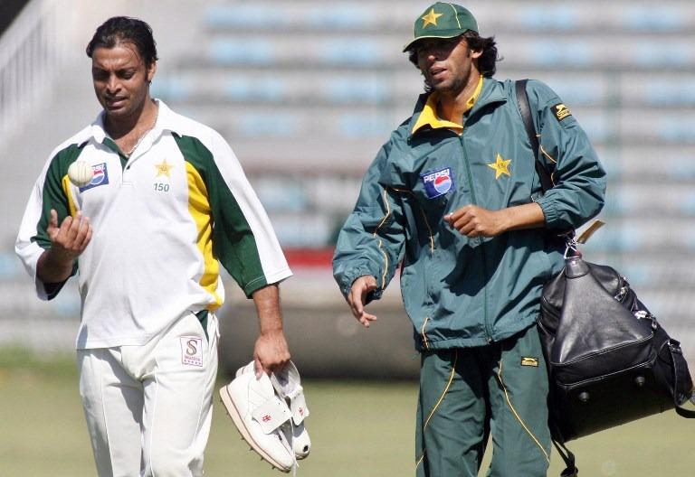 मोहम्मद आसिफ का बेतुका बयान, शोएब अख्तर की गेंदों पर सचिन तेंदुलकर कर रहे थे आंखे बंद 1