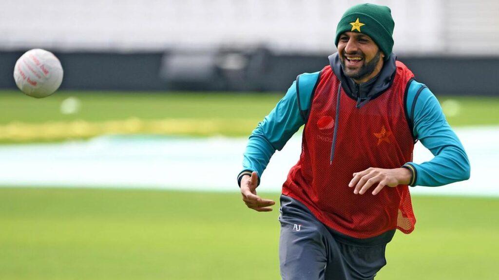 शोएब मलिक ने कहा था, टी-20 विश्व कप के बाद लेंगे संन्यास, अब बदले सूर 2