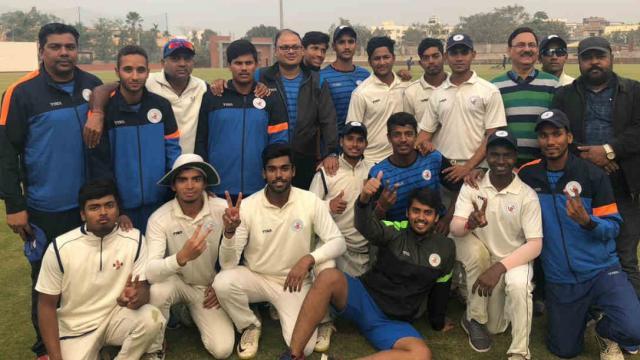 बिहार के क्रिकेटर ने रणजी ट्रॉफी में बनाया रिकॉर्ड बिना रन दिए झटक लिए थे 7 विकेट 4