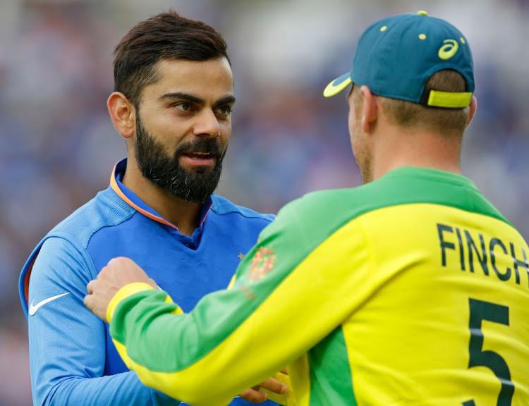 IND vs AUS, पहला वनडे: ऑस्ट्रेलिया ने टॉस जीता किया गेंदबाजी का फैसला, टीम इंडिया में इन XI खिलाड़ियों को मिला मौका 1