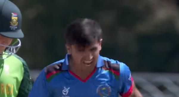 वीडियो : अफगानिस्तान को मिला तूफानी तेज गेंदबाज, गेंद लगने पर 7-8 गज पीछे जाता है स्टंप 2