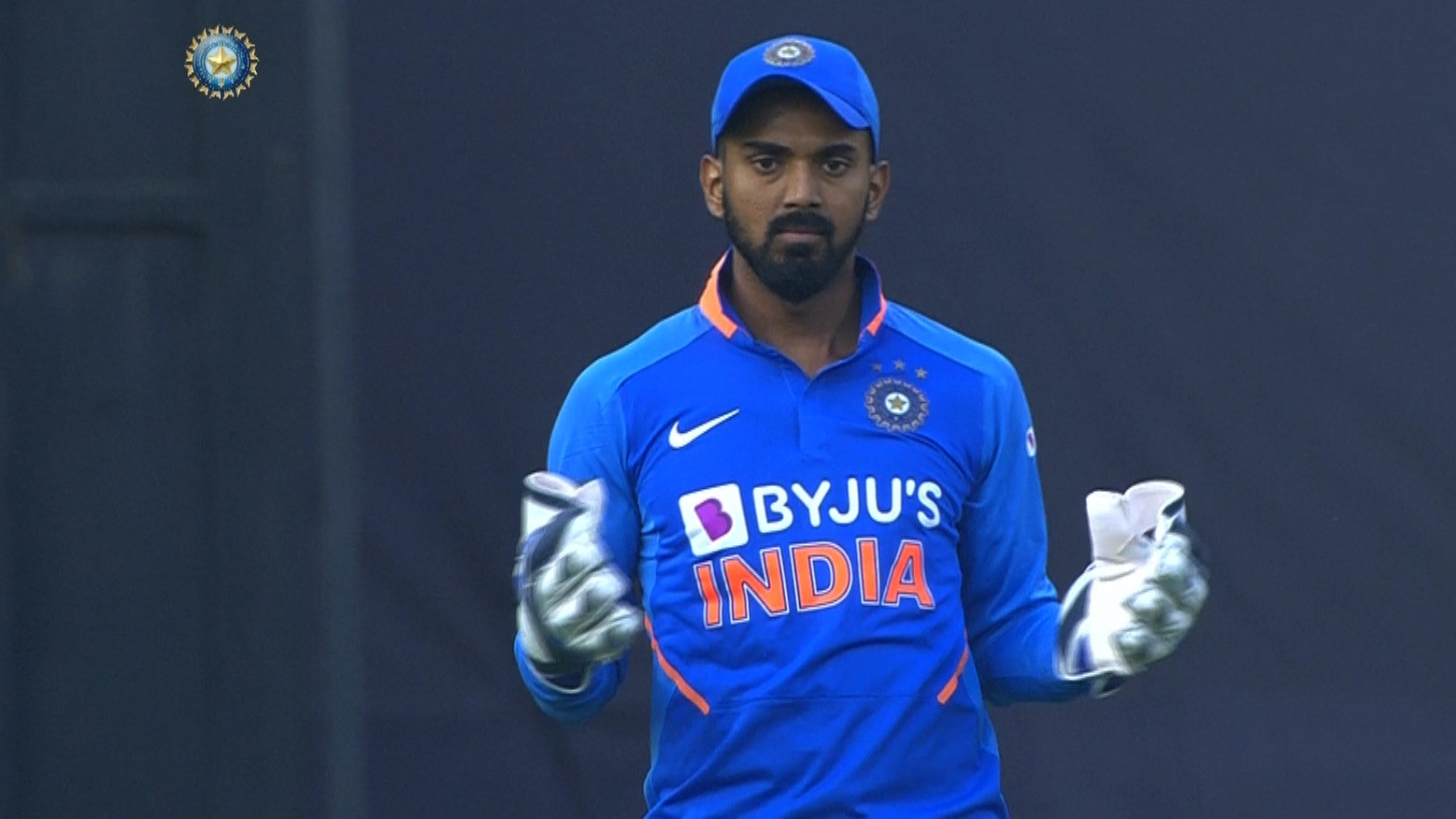 ऋषभ पंत के चोट पर बीसीसीआई ने दिया जानकारी, देखें क्या दूसरे वनडे में होंगे टीम का हिस्सा? 4