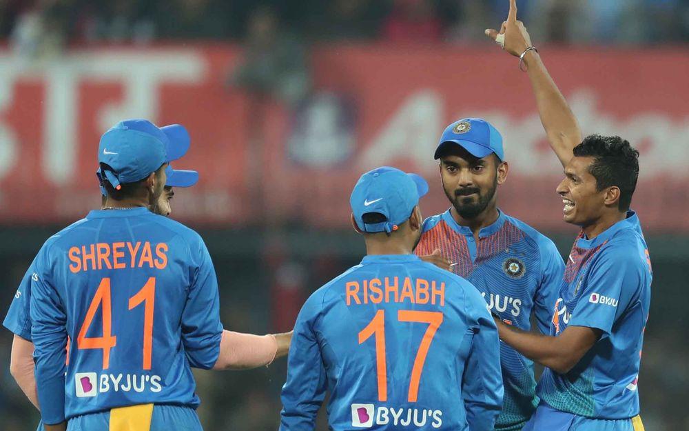 IND vs SL: विराट कोहली ने इंदौर टी20 जीत के बाद इस खिलाड़ी को दिया जीत का पूरा श्रेय 3