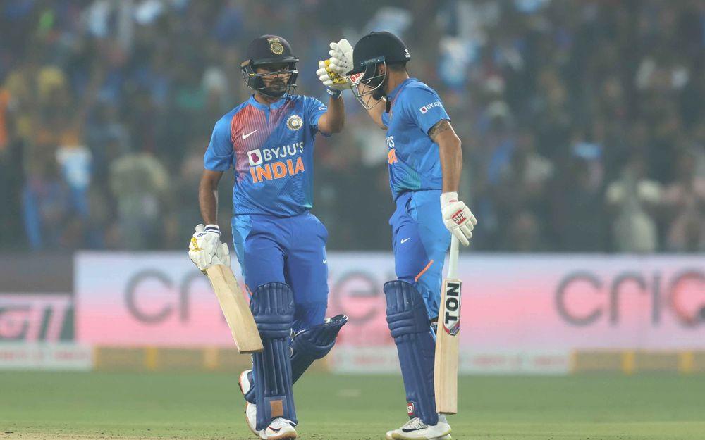IND vs SL: STATS: तीसरा टी-20: मैच में बने 10 बड़े रिकॉर्ड, ऐसा करने वाले दुनिया के पहले खिलाड़ी बने कप्तान विराट कोहली 5
