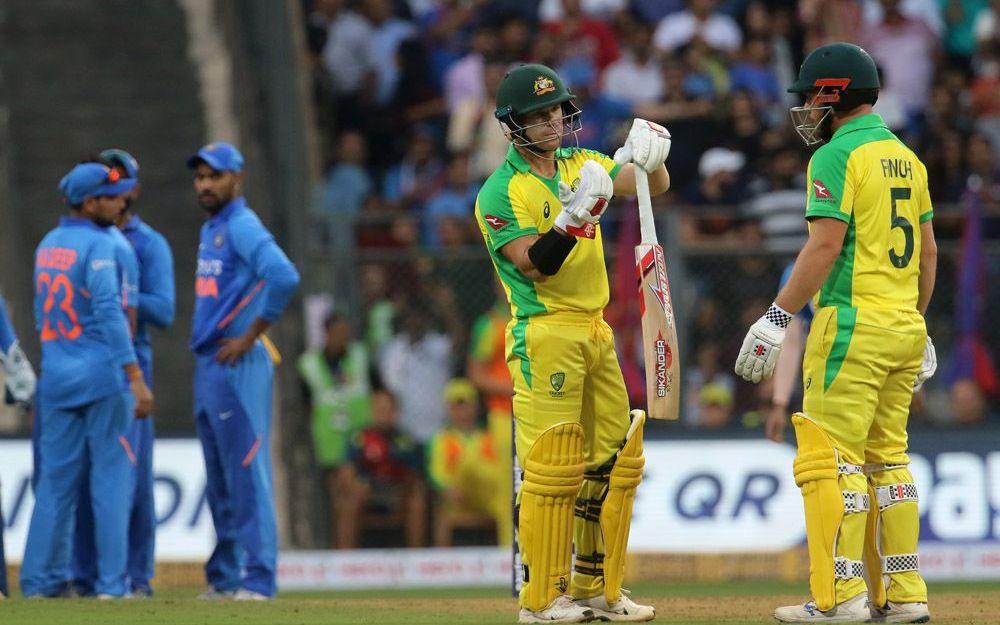 IND vs AUS: विराट कोहली की एक छोटी सी गलती की वजह से ऑस्ट्रेलिया ने भारत को मुंबई एकदिवसीय मैच में 10 विकेट से हराया 1