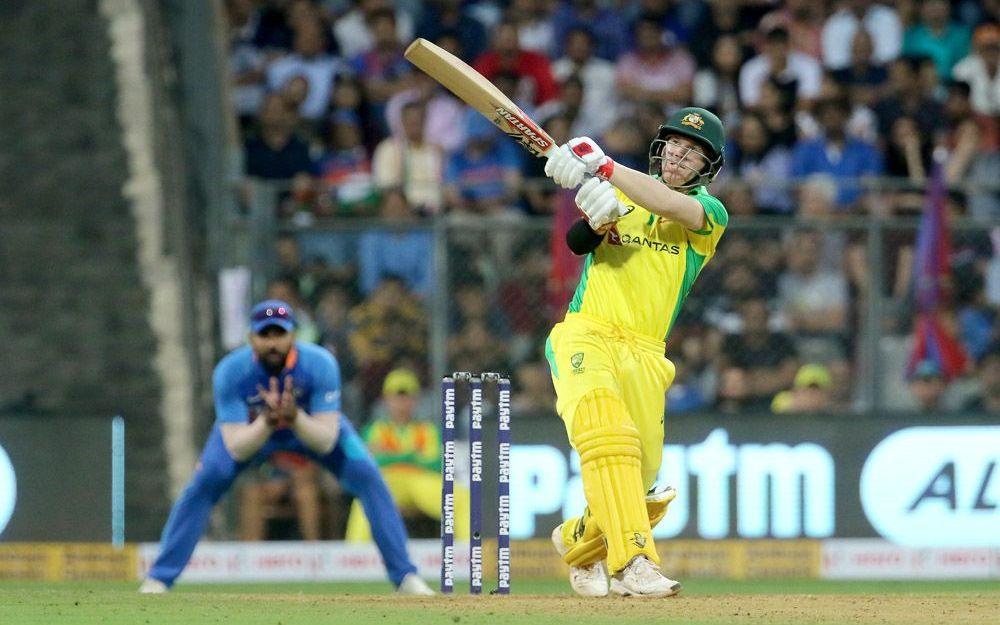 IND vs AUS: ऑस्ट्रेलिया ने भारत को पहले एकदिवसीय में हराया, सोशल मीडिया पर फैन्स दिखे नाराज 1