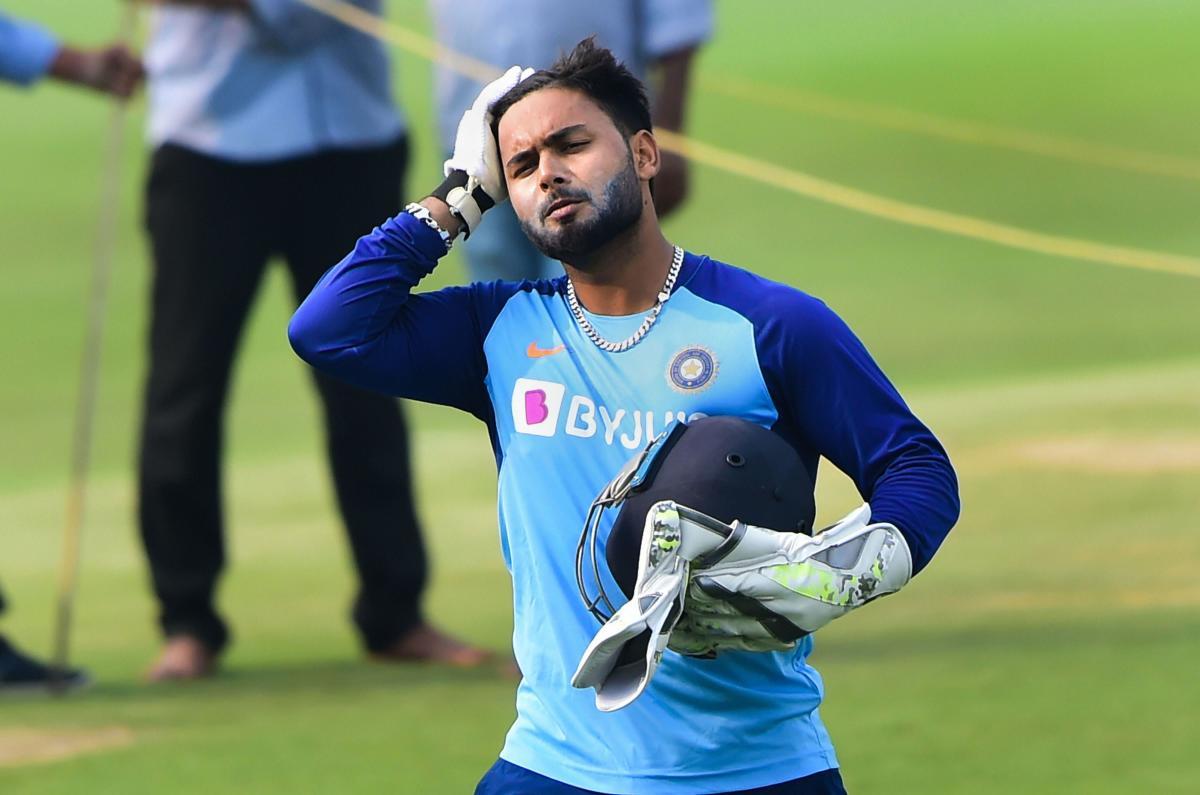 ऋषभ पंत के चोट पर बीसीसीआई ने दिया जानकारी, देखें क्या दूसरे वनडे में होंगे टीम का हिस्सा? 1