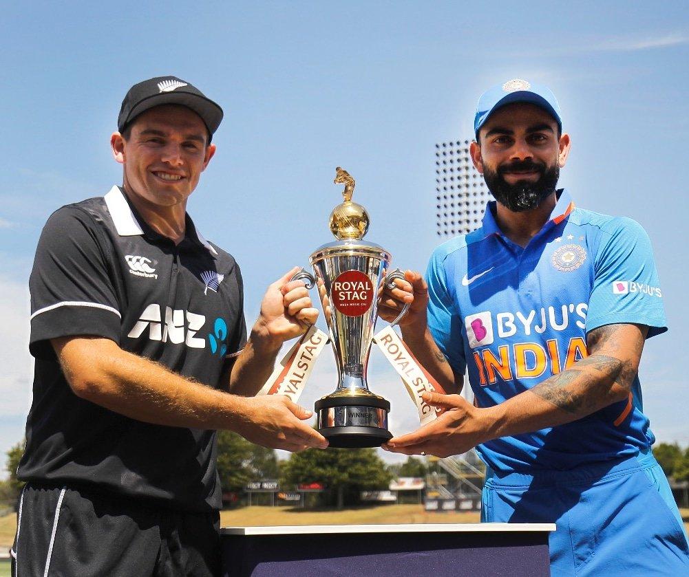 NZ vs IND, 1st ODI: न्यूजीलैंड ने टॉस जीता किया गेंदबाजी का फैसला, टीम इंडिया में इन दो खिलाड़ियों को मिला डेब्यू का मौका 13