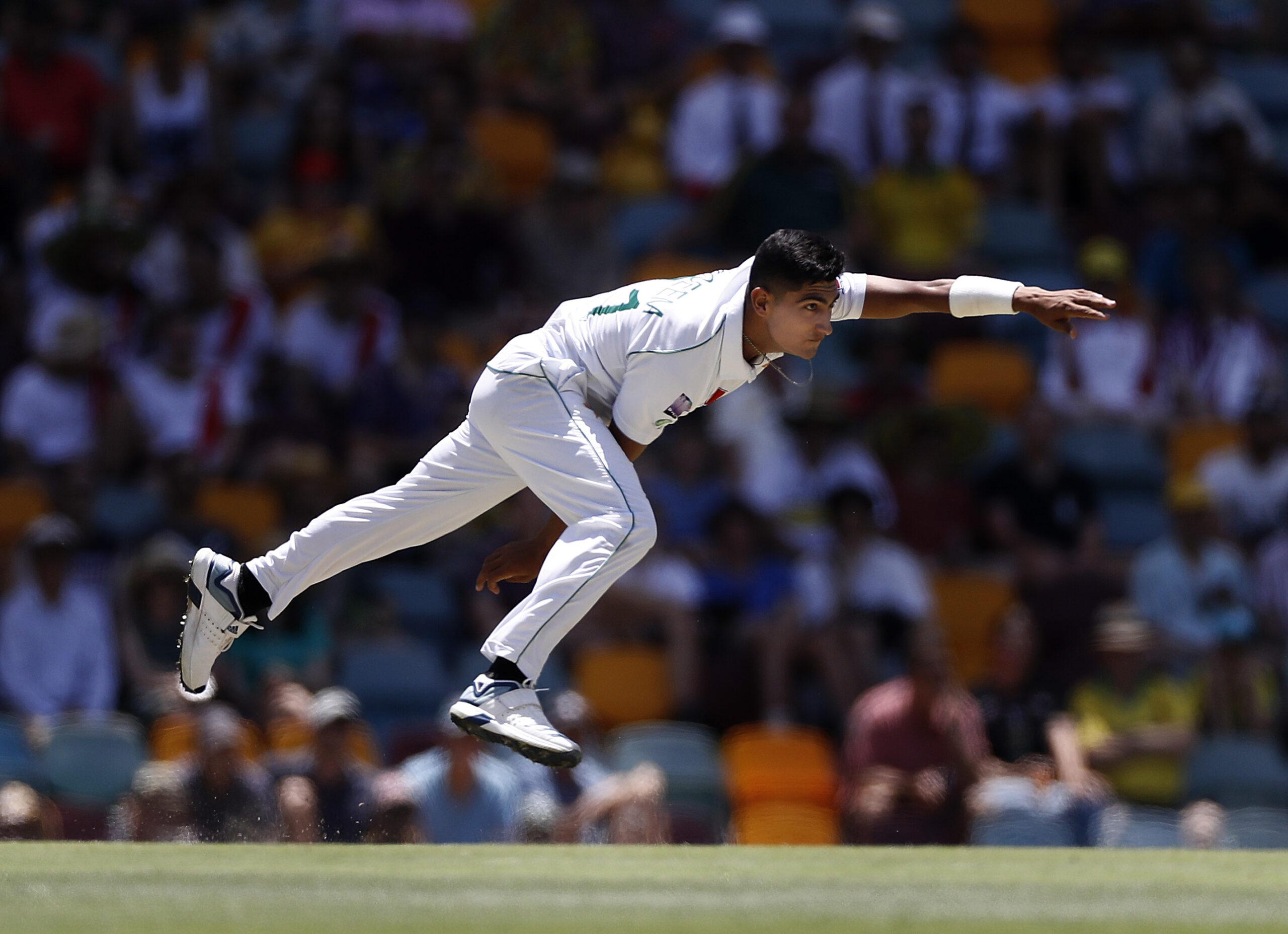 पाकिस्तान के नसीम शाह बने टेस्ट क्रिकेट में हैट्रिक लेने वाले सबसे युवा गेंदबाज, ट्विटर पर हो रही है तारीफ 1