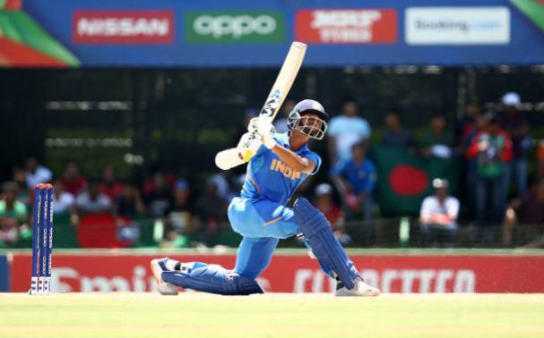 यशस्वी जायसवाल ने 88 रनों की पारी खेलकर बनाए कई विश्व रिकॉर्ड 14