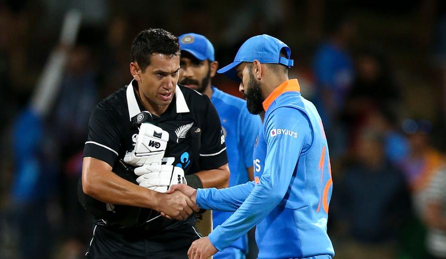 टॉस हारकर पहले बल्लेबाजी करते हुए न्यूजीलैंड ने भारत को दिया 274 रनों का लक्ष्य 12