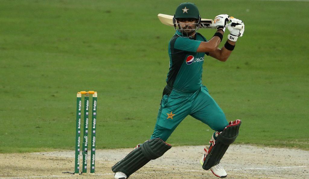 पाकिस्तान की लगातार हार के बावजूद कप्तानी से नहीं हटेंगे बाबर आजम, ये हैं वजह 1