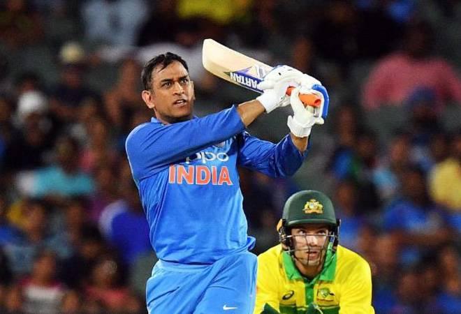 अगर आईपीएल 2020 हुआ रद्द, तो महेंद्र सिंह धोनी की भारतीय टीम में वापसी मुश्किल 6
