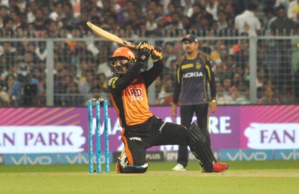 आईपीएल 2020 : हर टीम का वो 1 गेंदबाज जो निचले क्रम में बल्ले से कर सकता है कमाल 39