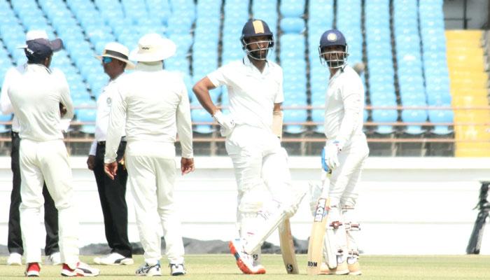 रणजी ट्रॉफी: फाइनल मुकाबले में सौराष्ट्र की स्थिति मजबूत, बंगाल के लिए चौथा दिन अहम 10