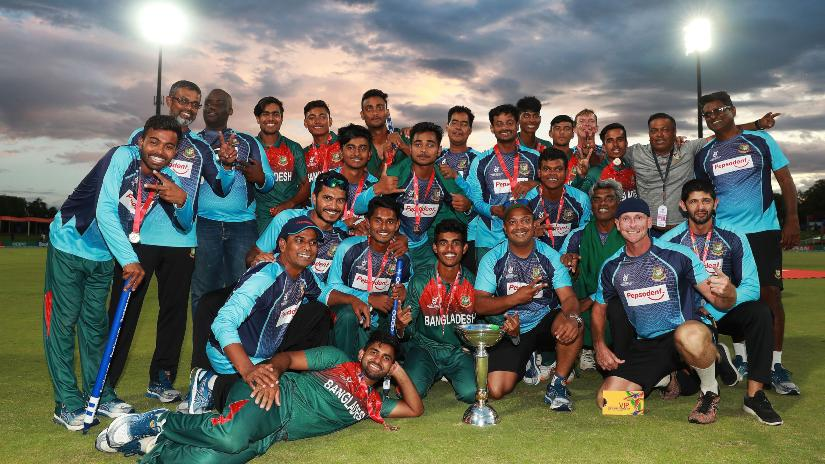 क्रिकेट फैंस के लिए बुरी खबर, बांग्लादेश के इस क्रिकेटर ने की आत्महत्या, खेला था देश के लिए विश्व कप 5