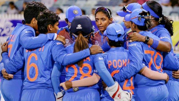 महिला टी-20 विश्व कप: भारतीय महिला टीम ने सेमीफाइनल में बनाया जगह, सोशल मीडिया पर मिल रही बधाई 1