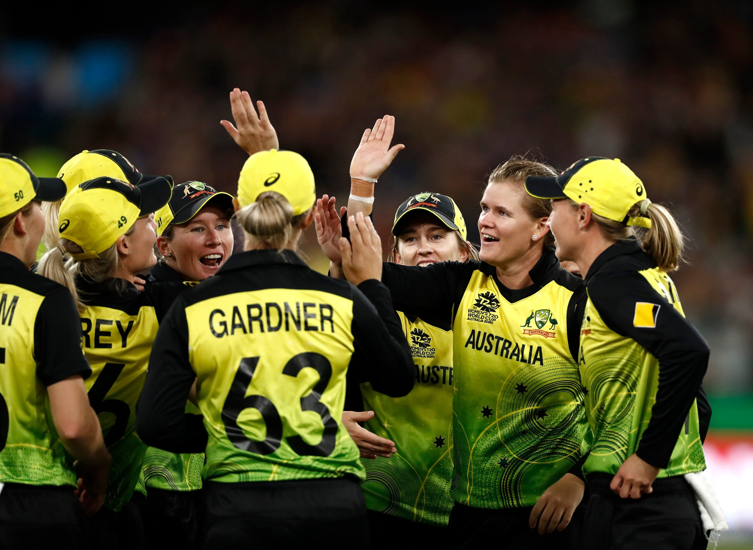 महिला टी-20 विश्व कप 2020: ऑस्ट्रेलिया ने भारत को हराकर 5वीं बार जीता कप, सोशल मीडिया पर आई प्रतिक्रिया 4