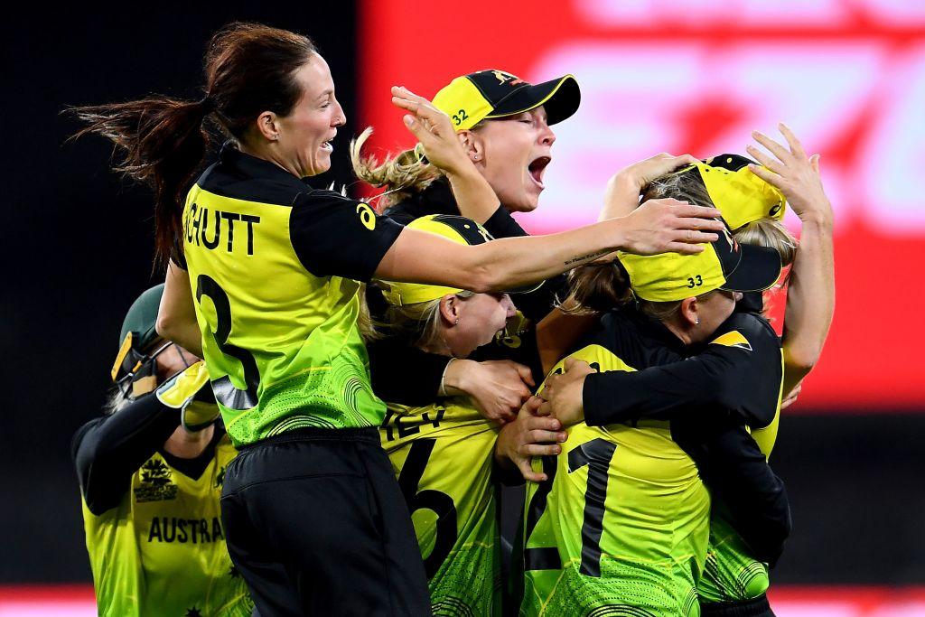 IND W vs AUS W: टी-20 विश्व कप फाइनल में बने 9 बड़े रिकॉर्ड, ऐसा करने वाली पहली कप्तान बनी हरमनप्रीत कौर 3