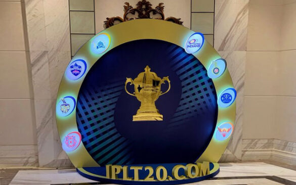 ये हैं आईपीएल 2020 की सबसे खतरनाक टीम, एक ओवर में मैच का पासा पलट देते हैं इस टीम के खिलाड़ी 18