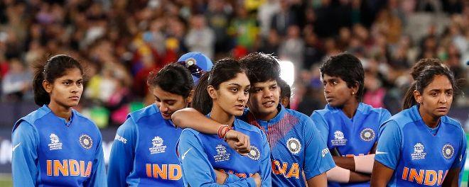 आईसीसी महिला टी20-सिर्फ खराब फील्डिंग नहीं इन पांच कारणों से भारतीय टीम को फाइनल में मिली करारी हार 9