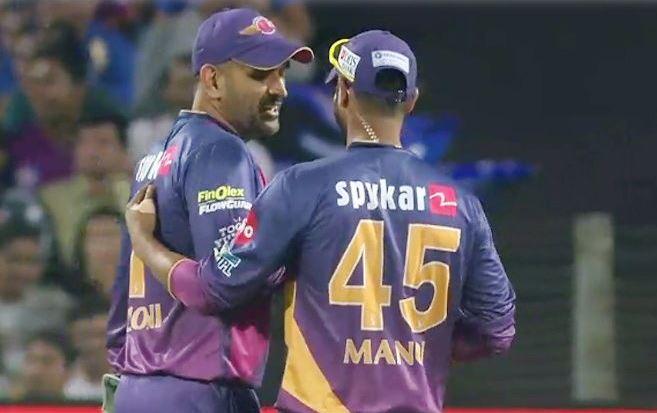 धोनी ने कहा था केविन पीटरसन मेरा एकमात्र टेस्ट विकेट, अब केपी ने कहा यह सिर्फ झूठ 2