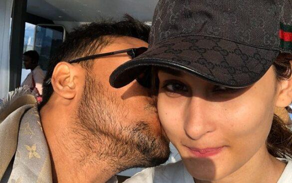 क्वारांटाइन से निकलते ही पत्नी को किस करते हुए शाकिब अल हसन ने शेयर की तस्वीर, लोगों ने दी ये सलाह 17