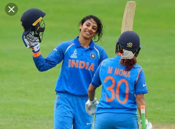 महिला क्रिकेटर
