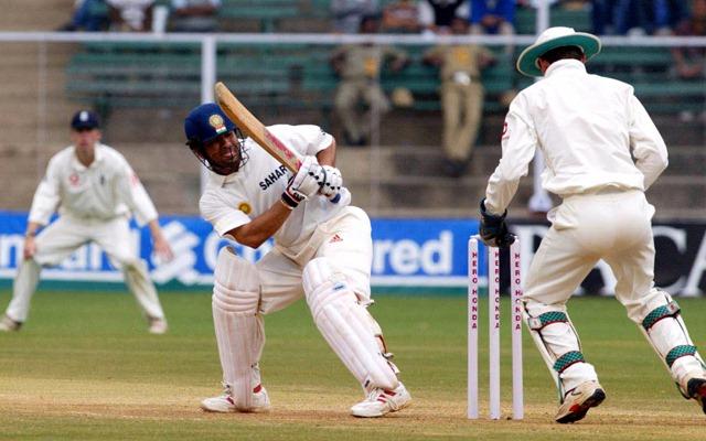 'सचिन तेंदुलकर के आउट होने के बाद ड्रेसिंग रूम नहीं गया, अम्पायरो के पास बैठा था' जाने क्यों बैंगलोर टेस्ट में डरे हुए थे वीरेंद्र सहवाग 2