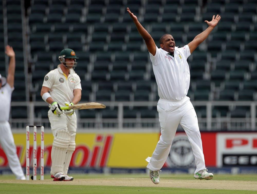 टेस्ट क्रिकेट इतिहास में 3 टेस्ट मैच जिनकी चारों पारियां खेली गई 1 ही दिन में, भारत भी है शामिल 15